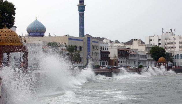 Оман накрывает мощный шторм, есть жертвы