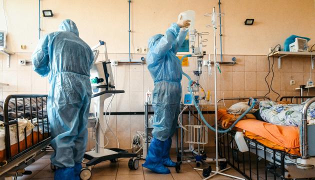 У МОЗ пояснили нинішню високу COVID-смертність в Україні