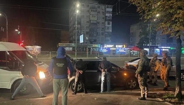 У Києві знешкодили грабіжників, які підмішували жертвам «ліки» в алкоголь
