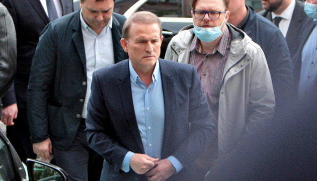 Суд оставил Медведчука под круглосуточным домашним арестом