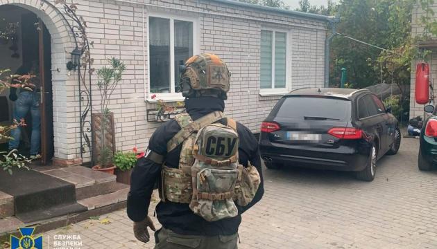 На Київщині затримали банду, яка вибивала міфічні борги й тероризувала бізнес