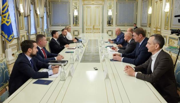 Євробаскет-2025: Зеленський закликає виділити гроші для будівництва спорткомплексів