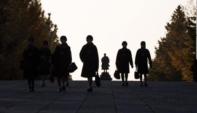 У Японії – рекордно високий рівень самогубств серед школярів